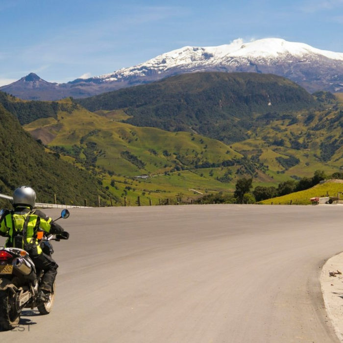 COLOMBIA VALLEYS OF THE ANDES