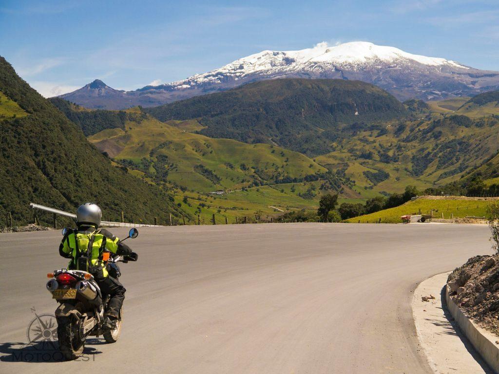 MotoQuest Colombia Volcano