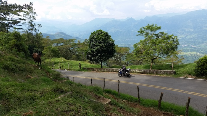 MotoQuest Colombia Scenery5