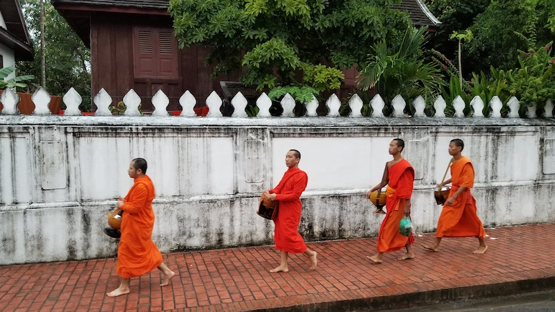Motoquest Thailand & Laos Monks